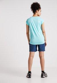 Regatta - CHASKA SHORT - kurze Sporthose - dark denim - 2