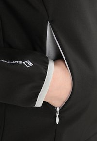 Regatta - AREC II - Softshellová bunda - black - 4