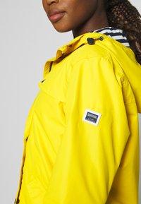 Regatta - BERTILLE - Kurtka przeciwdeszczowa - yellow sulphur - 6
