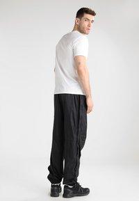 Regatta - ACTIVE - Pantalones - black - 2