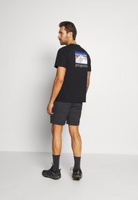 Regatta - LEESVILLE  - Sports shorts - ash - 2