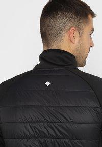 Regatta - BESTLA HYBRID - Outdoor jakke - black - 3