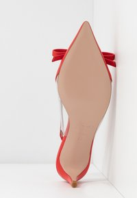 Red V - Classic heels - coral - 6