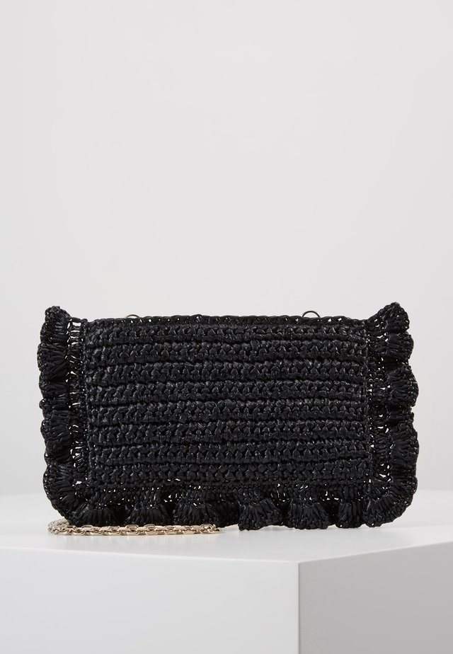 ROCK RUFFLES RAFFIA CLUTCH - Across body bag - black
