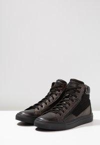 Redskins - NERIVA - Sneakers hoog - noir/gris - 2