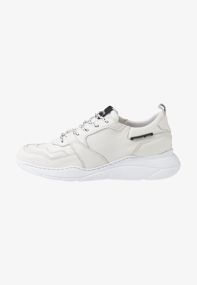 YMAD - Sneaker low - blanc
