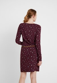 Ragwear - MONTANA - Shift dress - wine red - 3