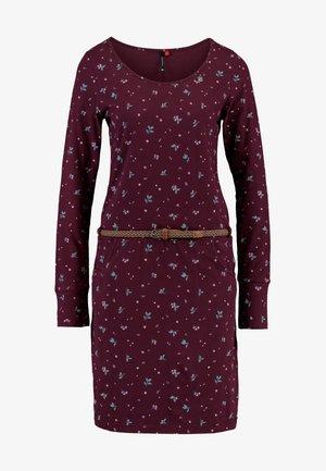 MONTANA - Pouzdrové šaty - wine red