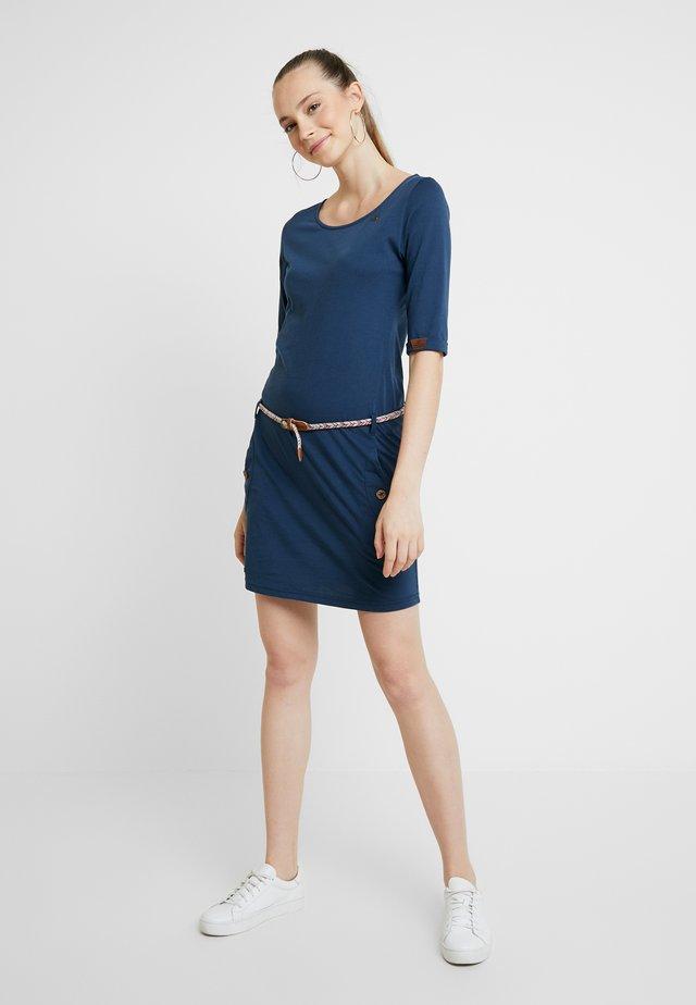TANYA - Pouzdrové šaty - denim blue