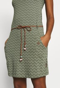 Ragwear - TAG ZIG ZAG - Jersey dress - olive - 7