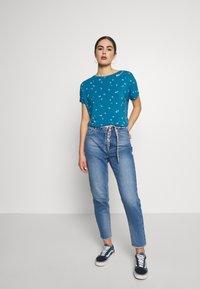 Ragwear - PECORI - T-shirt print - baltic - 1
