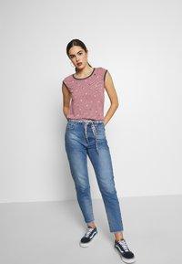 Ragwear - DOMINICA - T-shirt print - red - 1
