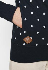 Ragwear - PAYA DOTS - Zip-up hoodie - navy - 5