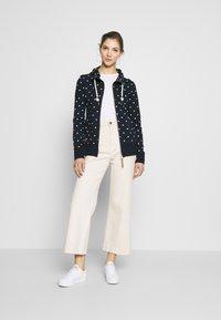 Ragwear - PAYA DOTS - Zip-up hoodie - navy - 1
