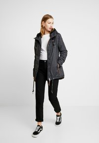 Ragwear - ZUZKA ZIG ZAG - Classic coat - black - 1