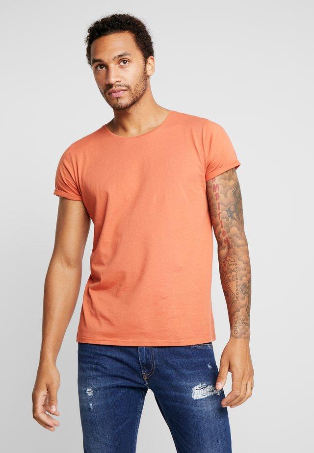 JIMMY - T-Shirt basic - mango