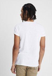 Resteröds - JIMMY  - T-shirt - bas - white - 2