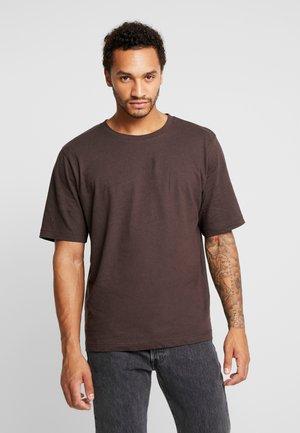 MID SLEEVE SOLID - T-shirts - black coffé