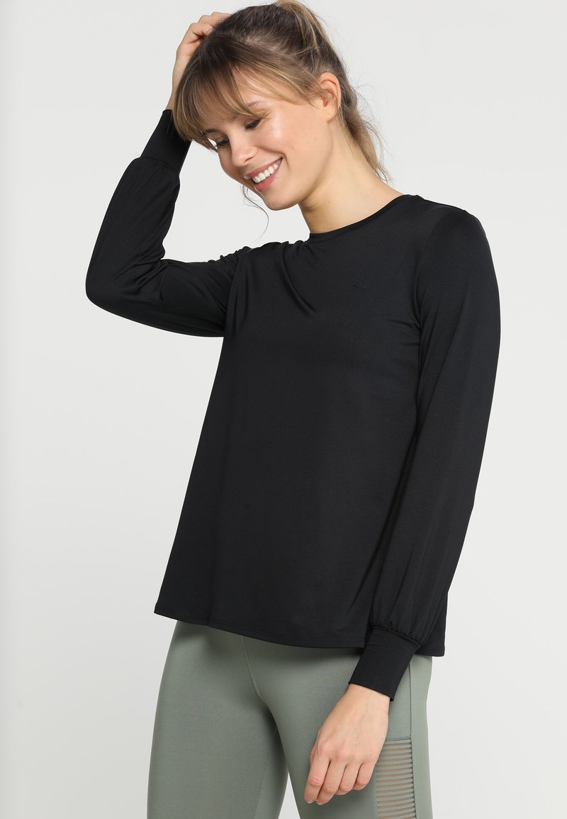 Röhnisch - FLATTERING - Langarmshirt - black
