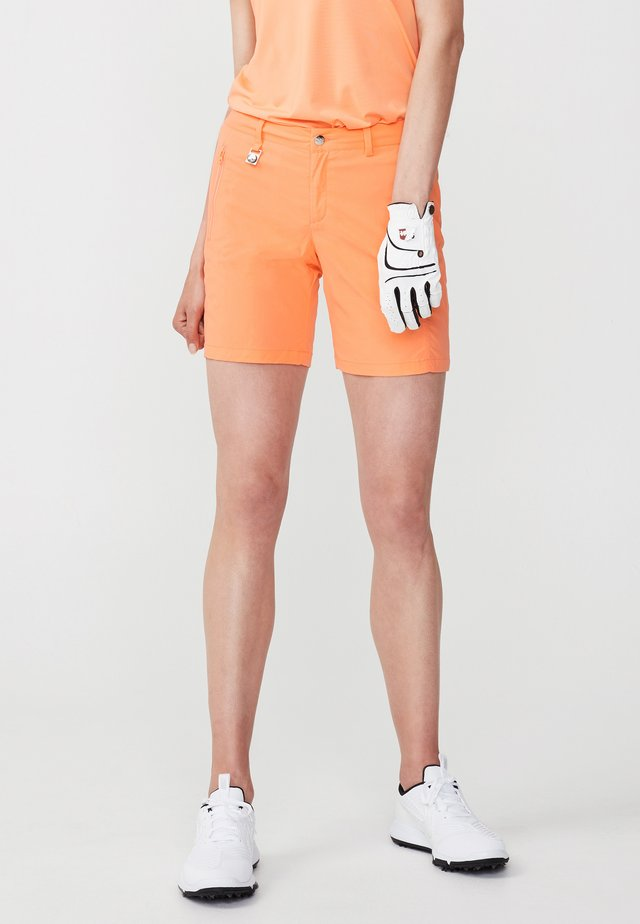Sports shorts - cantaloupe