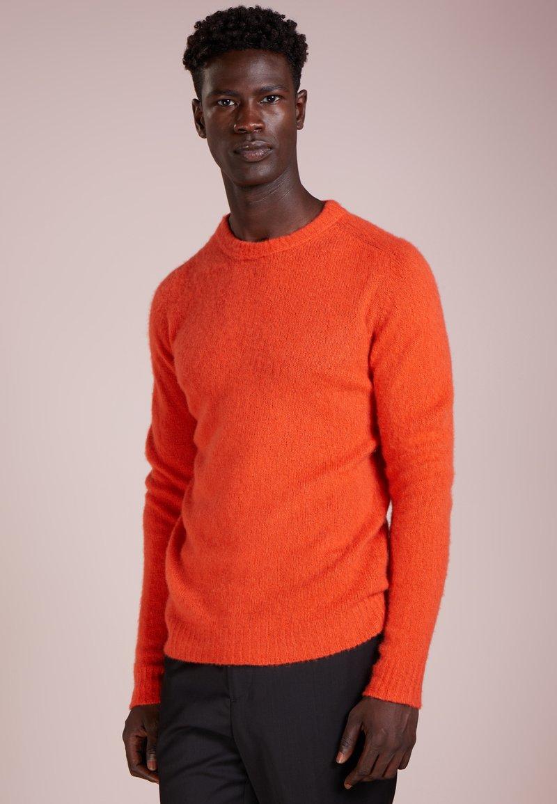 Roberto Collina - CREW NECK - Jersey de punto - orange