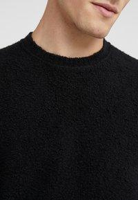 Roberto Collina - CREW NECK - Pullover - black - 5