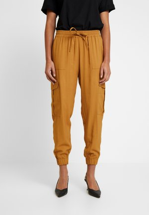 MYTHE ANKLE PANT - Trousers - cumin