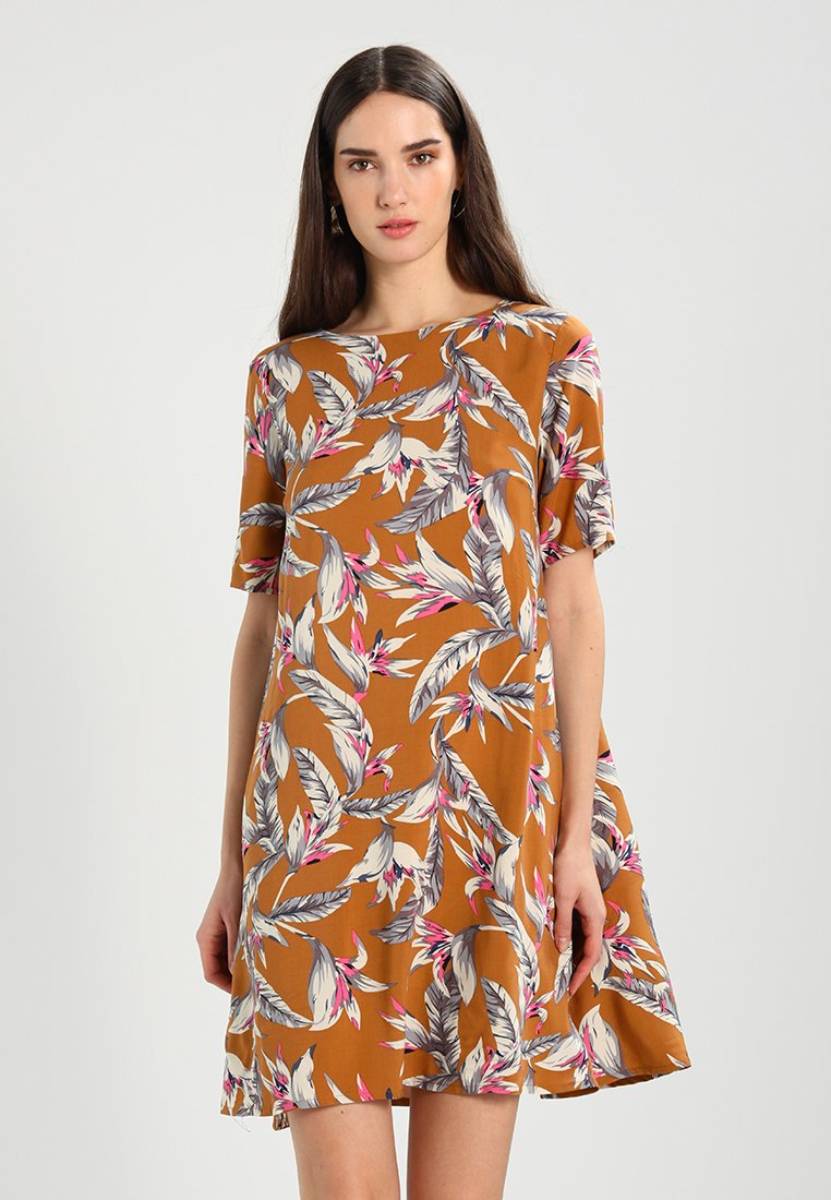 Soft Rebels - ZARA SHORT DRESS - Day dress - brown