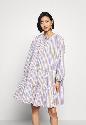 SOPHIE DRESS - Denní šaty - cashmere blue
