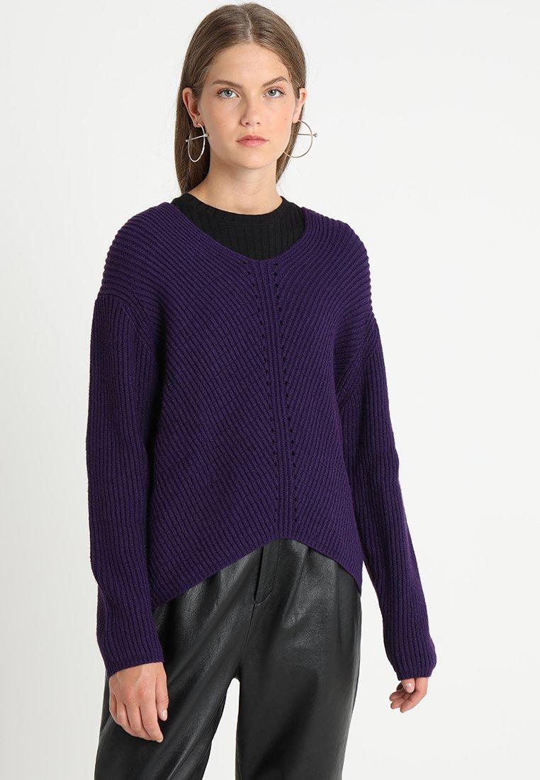 Soft Rebels - MILLE V NECK - Stickad tröja - parachute purple
