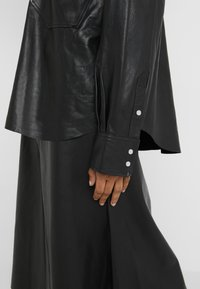 Rika - GRACE SHIRT - Overhemdblouse - black - 6