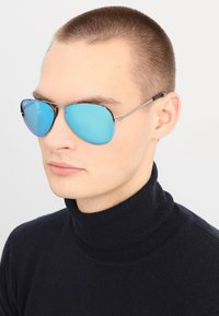 Ray-Ban - Occhiali da sole - gunmetal light green mirror blue - 1