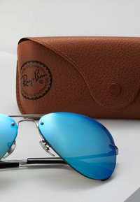 Ray-Ban - Occhiali da sole - gunmetal light green mirror blue - 3