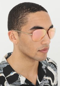 Ray-Ban - Solbriller - gold-coloured/pink flash/copper - 1