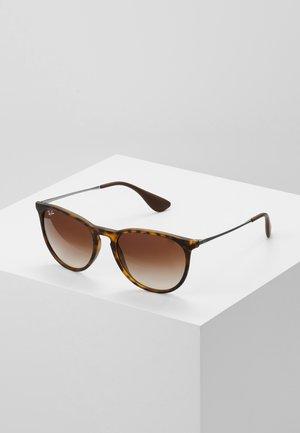 ERIKA - Sunglasses - braun