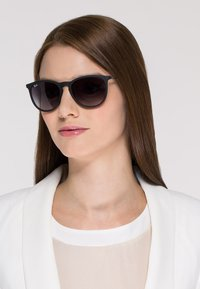 Ray-Ban - ERIKA - Sunglasses - schwarz - 1