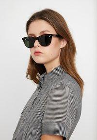 Ray-Ban - Okulary przeciwsłoneczne - havana - 1