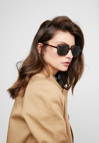 Ray-Ban - Gafas de sol - brown/green - 1