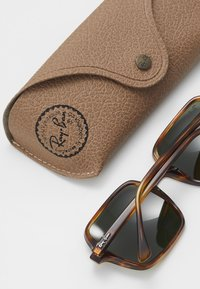 Ray-Ban - Gafas de sol - brown/green - 2