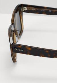 Ray-Ban - Occhiali da sole - brown - 4