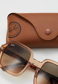 Ray-Ban - Gafas de sol - transparent/light pink - 1