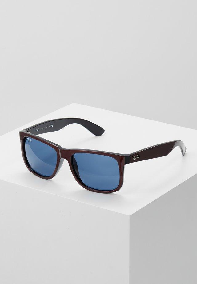 JUSTIN - Solglasögon - bordeaux metallic/black