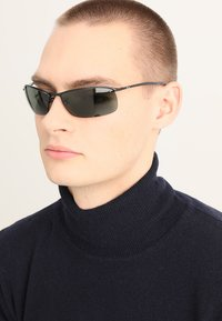 Ray-Ban - TOP BAR - Solbriller - black green - 1