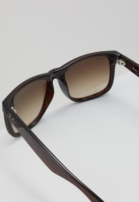 Ray-Ban - JUSTIN - Solbriller - brown - 2