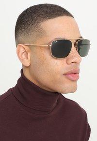 Ray-Ban - THE COLONEL - Okulary przeciwsłoneczne - gold-coloured - 1