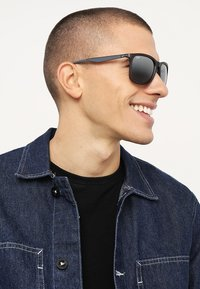 Ray-Ban - Sunglasses - matte trasparent grey - 1