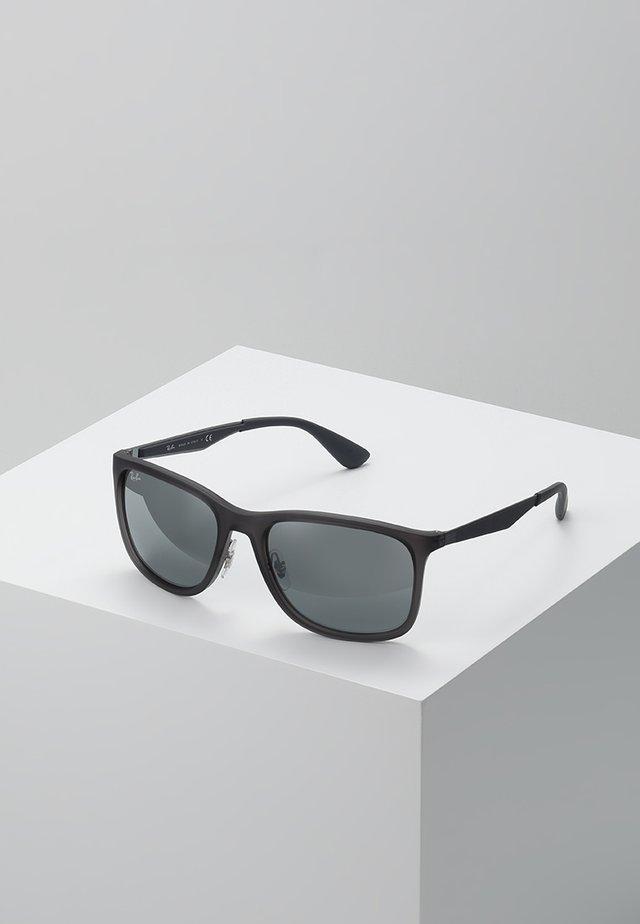 Sunglasses - matte trasparent grey