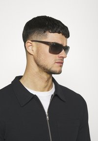 Ray-Ban - Okulary przeciwsłoneczne - trasparent/grey - 1