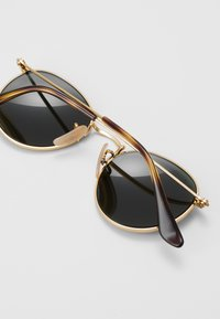 Ray-Ban - JUNIOR ROUND - Sluneční brýle - gold-coloured/grey - 2