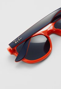 Ray-Ban - JUNIOR NEW WAYFARER - Sluneční brýle - blue/orange - 2